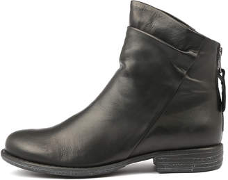 EOS Wilder-w Black Boots Womens Shoes Ankle Boots
