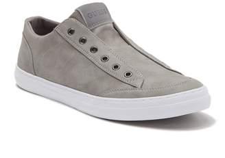 GUESS Mitt Slip-On Sneaker