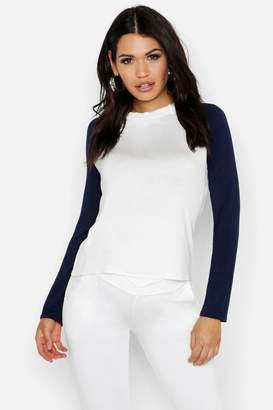 boohoo Maternity Raglan Long Sleeve Tee