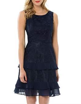 Review La Di Dah Dress
