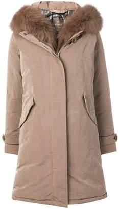 Hetregó fur-trimmed coat