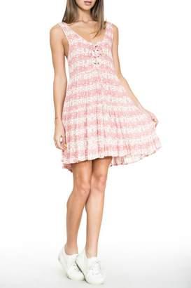En Creme Pink Lace-Up Dress