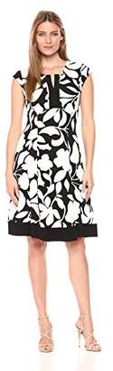 Robbie Bee Women's Floral Printed Textured Knit Notch Neck Dress