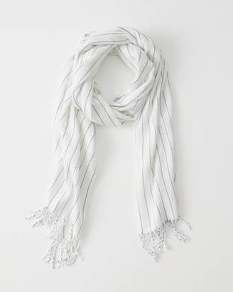 Abercrombie & Fitch Midweight Cozy Scarf
