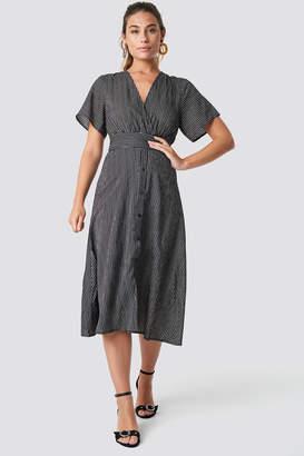 Glamorous V-Neck Midi Dress
