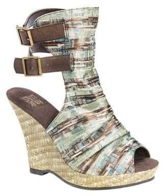 Muk Luks Women's Sage Peep Toe Wedge Sandal
