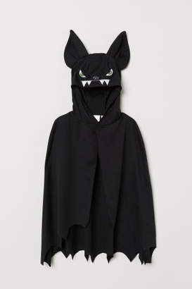 H&M Masquerade Cape - Black