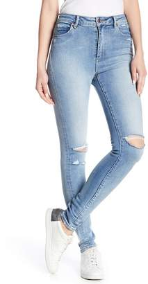 Neuw Marilyn Distressed Skinny Jeans