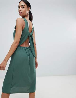 PrettyLittleThing Tie Back Midi Dress