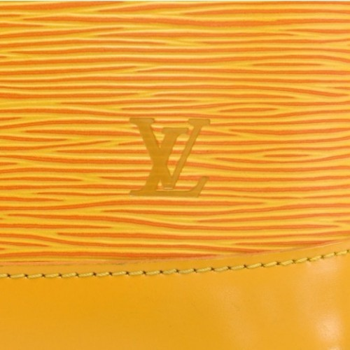 Louis Vuitton very good (VG Alma Yellow Epi Leather Hand Bag