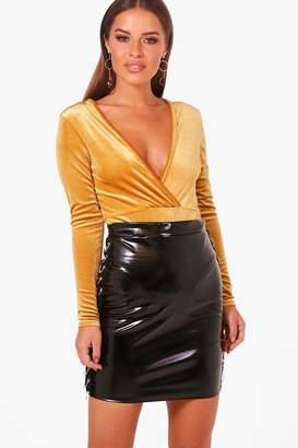 boohoo Petite Plunge Velvet Bodysuit