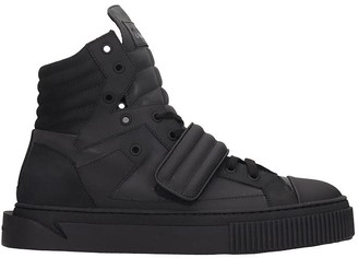 Gienchi Hypnos Sneakers In Black Rubber/plasic