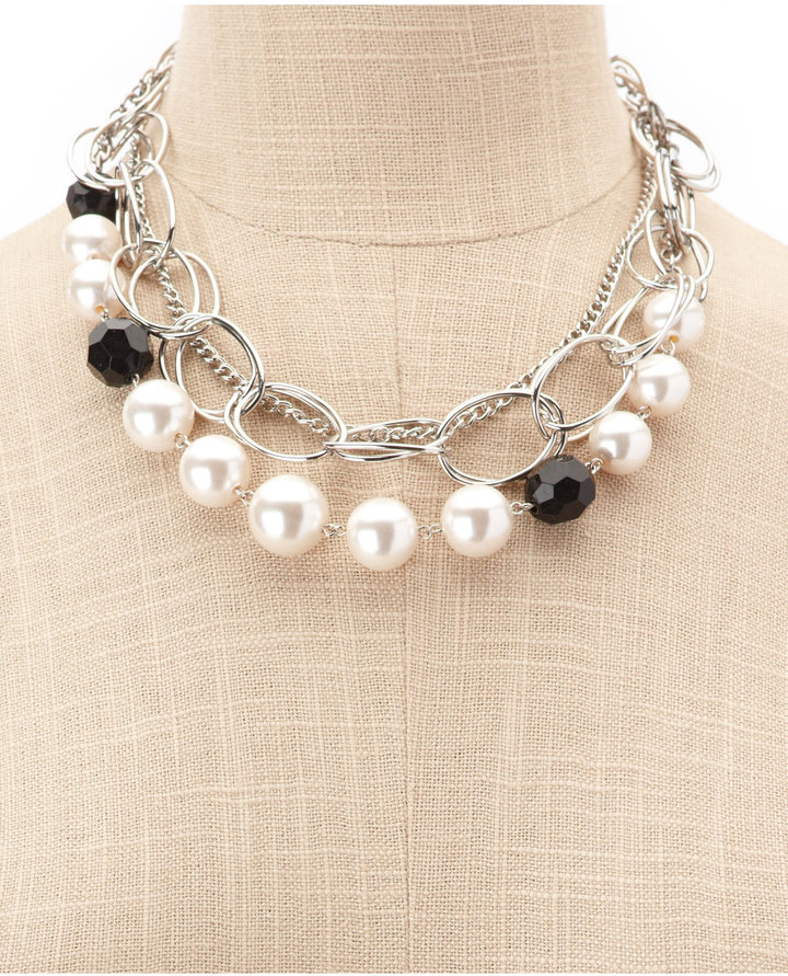 Charlotte Russe Chain Link Pearl Necklace