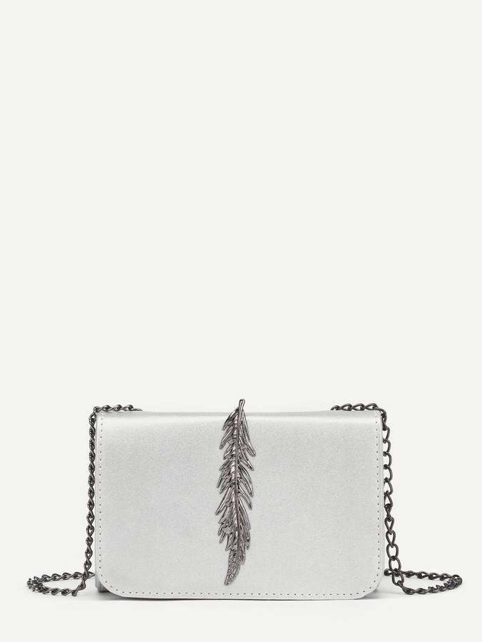 Metal Leaf Design Chain Crossbody Bag