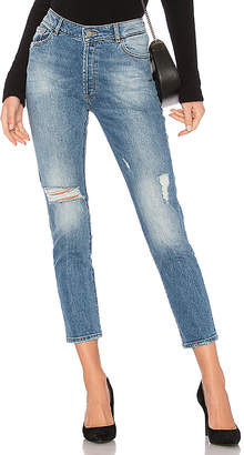 DL1961 Bella Cropped Jean.