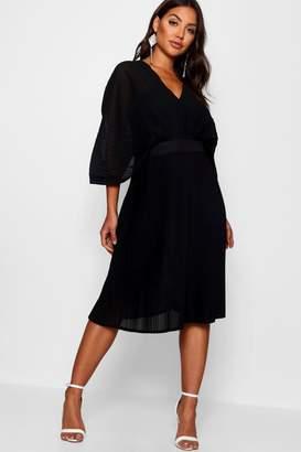 boohoo Boutique Pleated Batwing Midi Dress