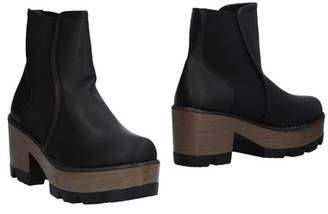 POLICE 883 Ankle boots