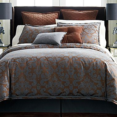 Royal Velvet Hyde Park Comforter Set & Accessories