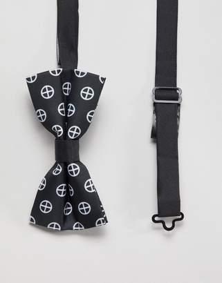 Religion bow tie with geo print
