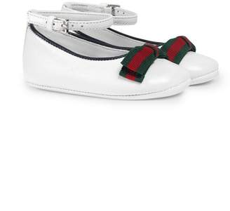 Gucci Kids Baby leather ballet flat with Web