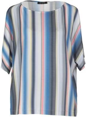 St. John T-shirts - Item 12247804OX