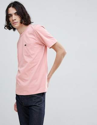 Lee logo pocket t-shirt faded pink