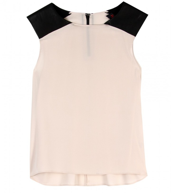 Alice + Olivia SLEEVELESS SILK TOP WITH LEATHER DETAIL