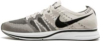 Nike Flyknit Trainer Pale Grey/Black White