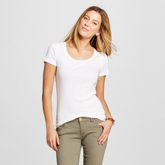 Merona Women's Fitted Scoop Tee $9 thestylecure.com