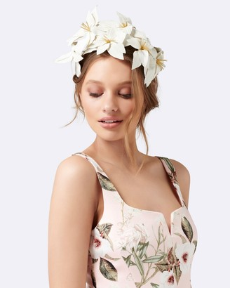 Forever New Sammy Structural Flower Fascinator