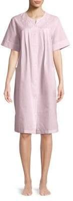 Miss Elaine Textured Floral Short Nightgown