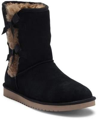 ... Koolaburra BY UGG Victoria Short Genuine Sheepskin & Faux Fur Boot