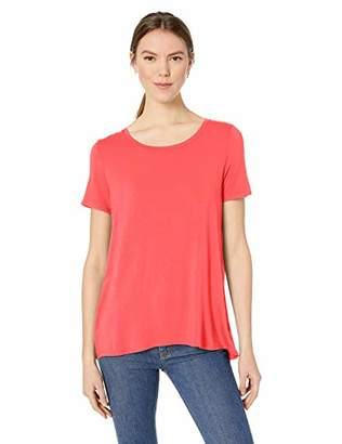 10858302ab08 Amazon Essentials Women's Patterned Short-Sleeve Scoopneck Swing Tee