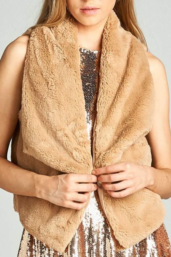 AAKAA Faux Fur Vest