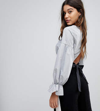 PrettyLittleThing Bow Back Cropped Blouse