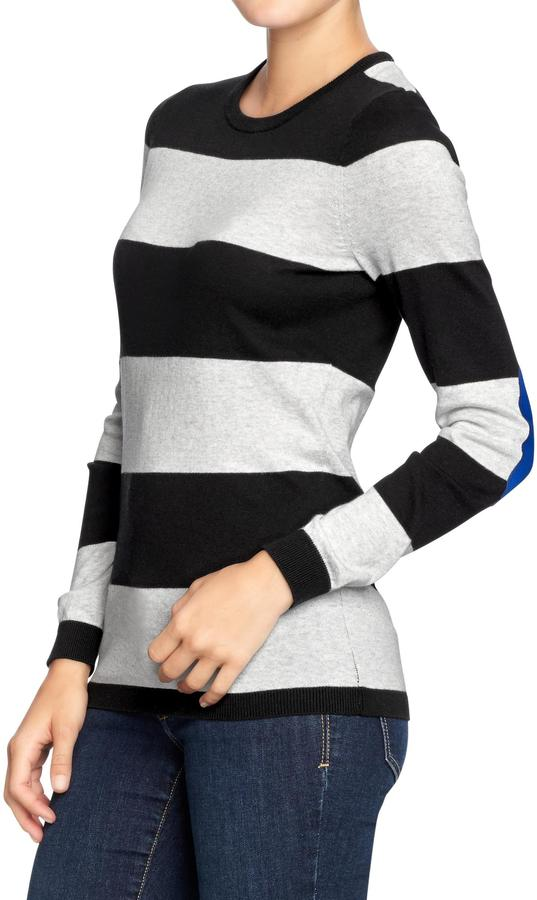 Old Navy Women's Graphic Crew-Neck Sweaters