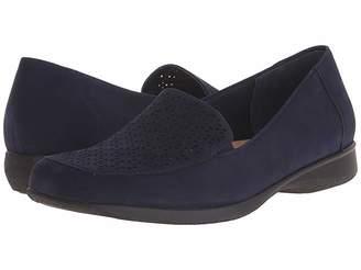Trotters Jenn Women's Slip on Shoes