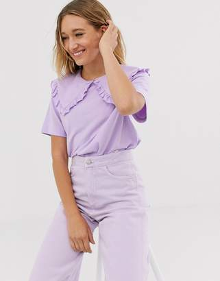 Monki short sleeve t-shirt with oversized collar in lilac