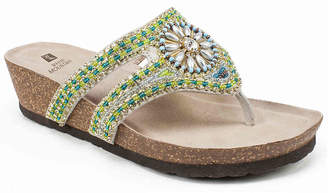 White Mountain Busy Wedge Sandal - Women's