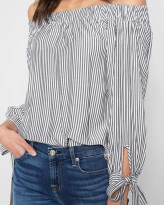 7 For All Mankind Off Shoulder Tie Top in Grey Stripe