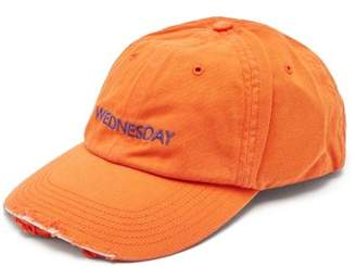 Vetements X Reebok Wednesday Cap - Womens - Orange