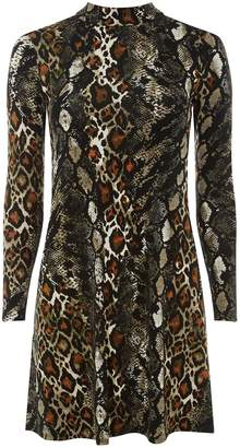 Dorothy Perkins Womens Petite Snake Print Fit And Flare Dress
