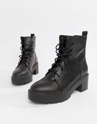 699d00a402 Asos Design DESIGN Raider Chunky Lace Up Boots