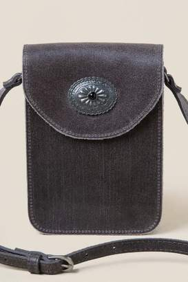 francesca's Cloe Leather Metal Circle Crossbody in Gray - Gray