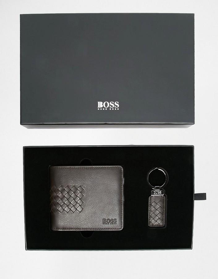 Hugo BossBOSS By Hugo Boss Gelio Leather Billfold Wallet and Keychain Gift Set
