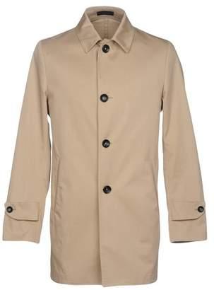 Futuro Overcoat