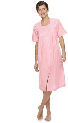 4541425db4060d Miss Elaine Women's Essentials Short Seersucker Snap Robe