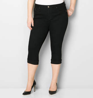 Avenue Body Sculpting Cuffed Denim Capri in Black