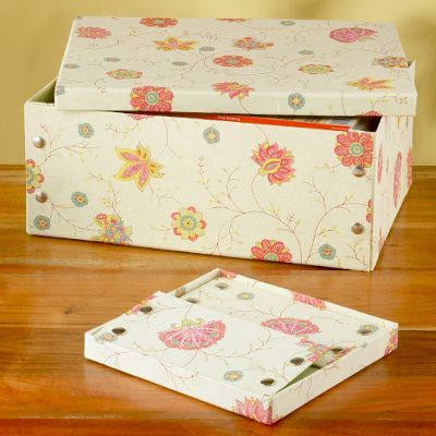 Yellow/Peach Snap Paper Boxes