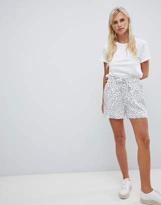 Vila spotty shorts